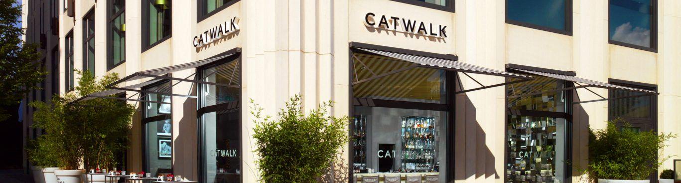 Catwalk mit neuer Barkarte am Potsdamer Platz