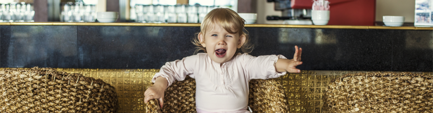 Children in hotel bars – a guide for families in hotel bars